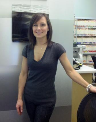 Dental Receptionist Keeps Toledo, Ohio Popping | Toledo Dentist News